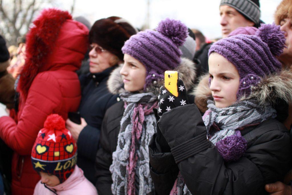 festivalul-de-datini-obiceiuri-si-traditii-de-iarna-borlesti-2016-113