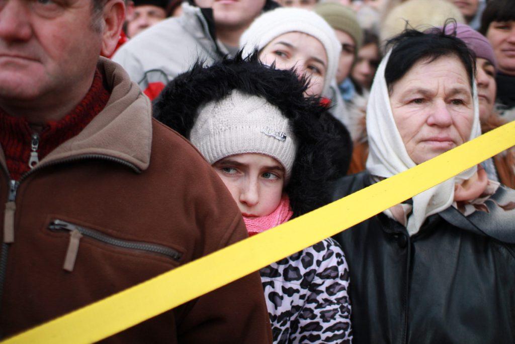 festivalul-de-datini-obiceiuri-si-traditii-de-iarna-borlesti-2016-116