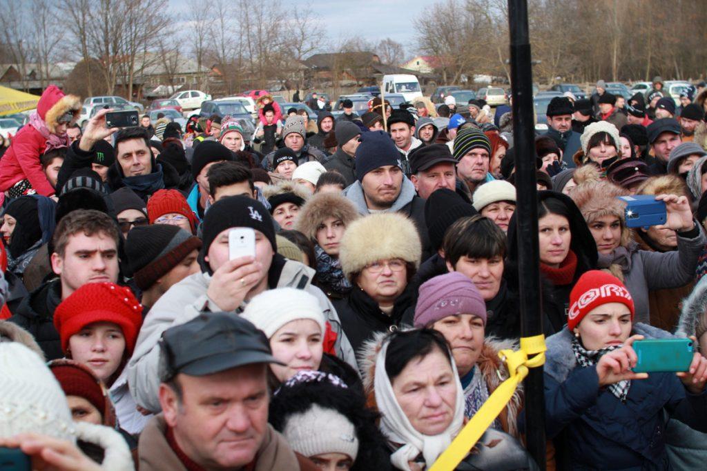 festivalul-de-datini-obiceiuri-si-traditii-de-iarna-borlesti-2016-120