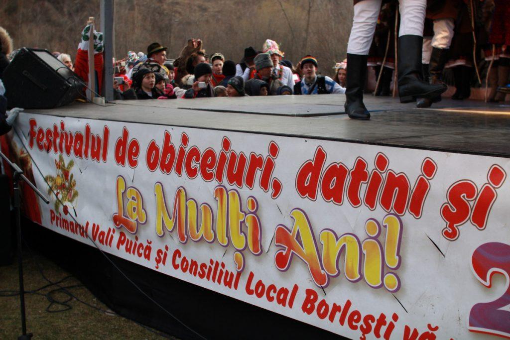festivalul-de-datini-obiceiuri-si-traditii-de-iarna-borlesti-2016-122