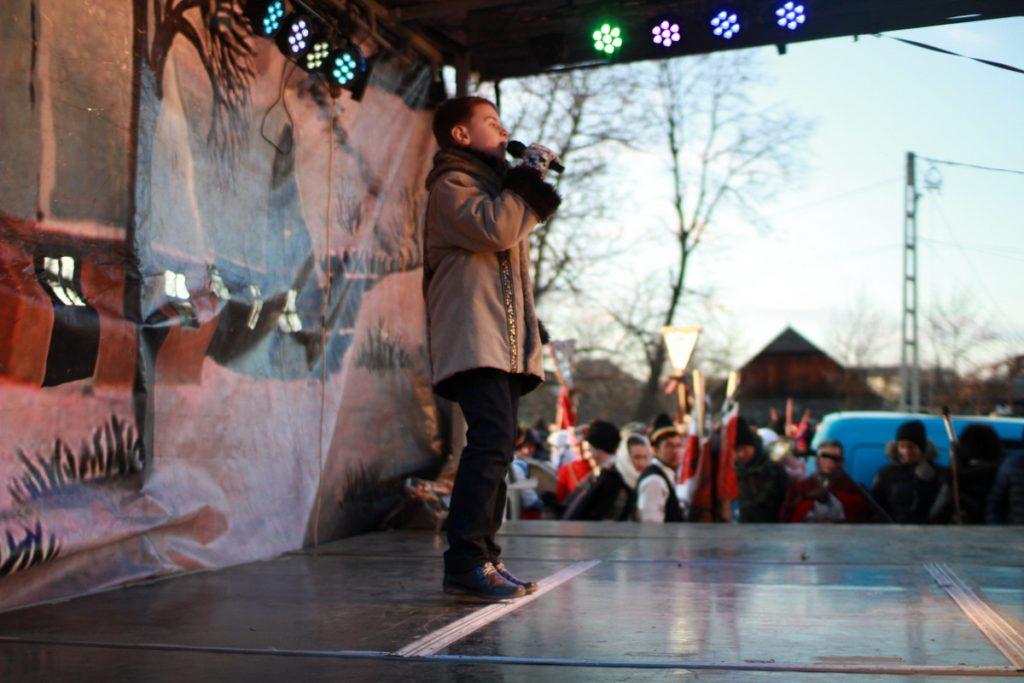 festivalul-de-datini-obiceiuri-si-traditii-de-iarna-borlesti-2016-154