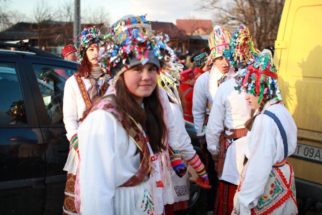 festivalul-de-datini-obiceiuri-si-traditii-de-iarna-borlesti-2016-159