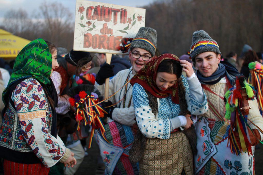 festivalul-de-datini-obiceiuri-si-traditii-de-iarna-borlesti-2016-171