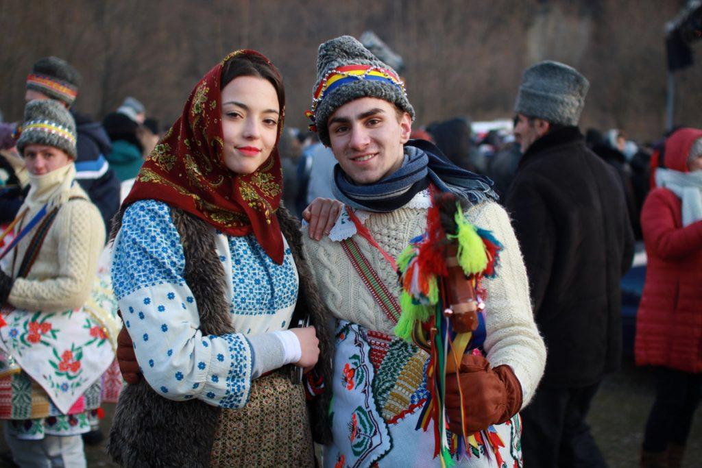 festivalul-de-datini-obiceiuri-si-traditii-de-iarna-borlesti-2016-173