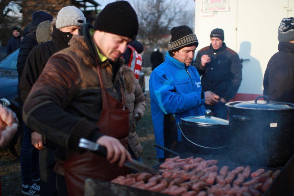 festivalul-de-datini-obiceiuri-si-traditii-de-iarna-borlesti-2016-174