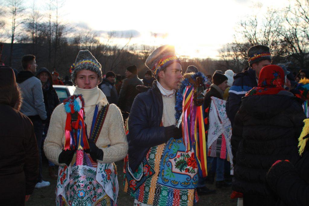 festivalul-de-datini-obiceiuri-si-traditii-de-iarna-borlesti-2016-178
