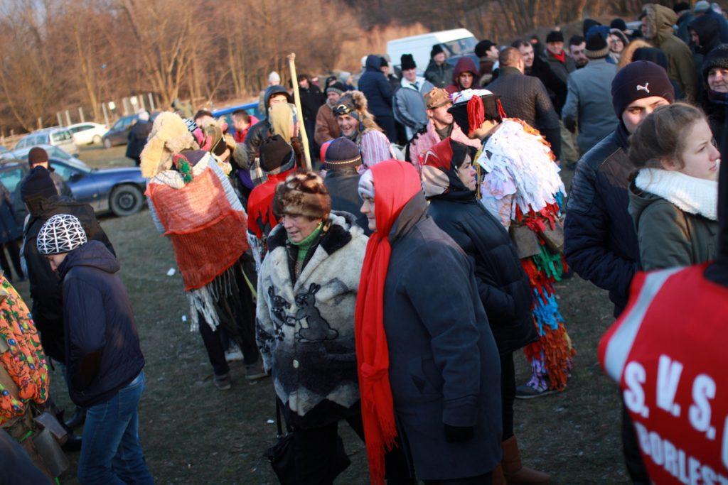 festivalul-de-datini-obiceiuri-si-traditii-de-iarna-borlesti-2016-185