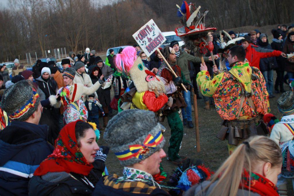 festivalul-de-datini-obiceiuri-si-traditii-de-iarna-borlesti-2016-202