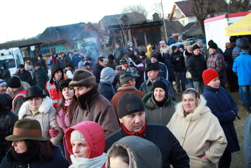festivalul-de-datini-obiceiuri-si-traditii-de-iarna-borlesti-2016-205