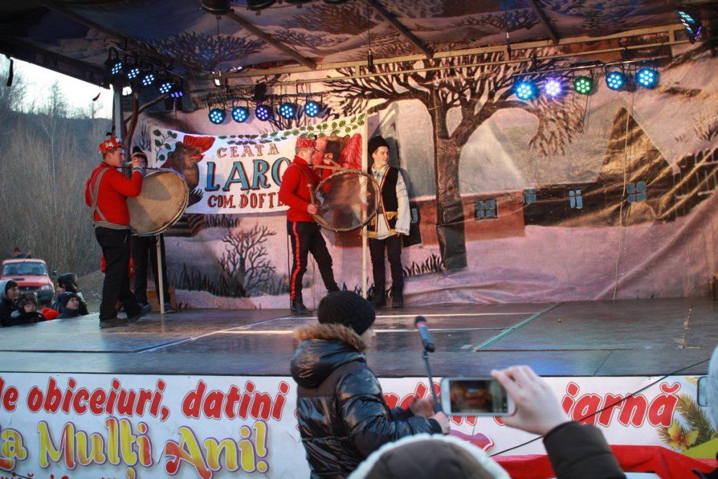festivalul-de-datini-obiceiuri-si-traditii-de-iarna-borlesti-2016-209