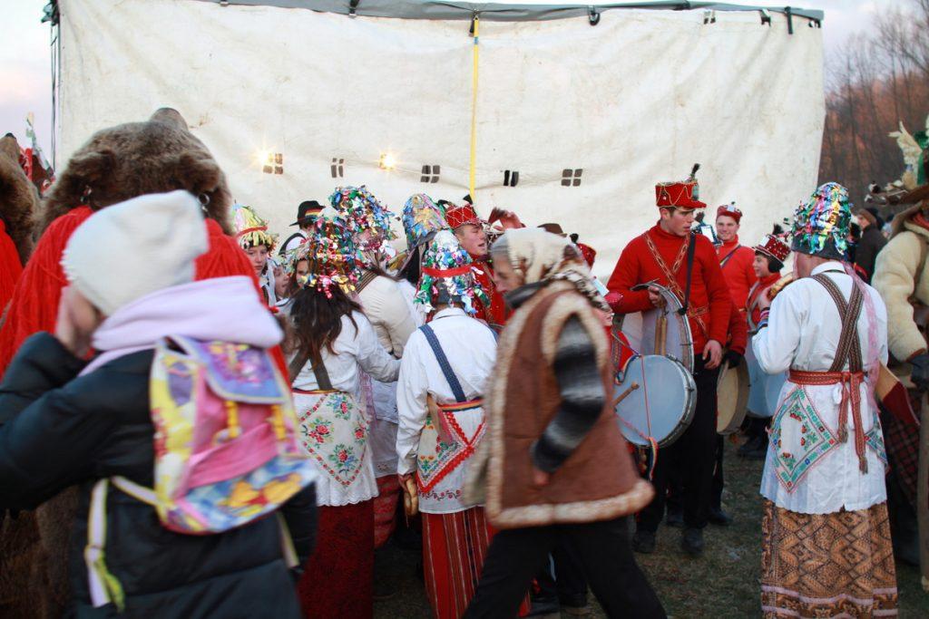festivalul-de-datini-obiceiuri-si-traditii-de-iarna-borlesti-2016-213