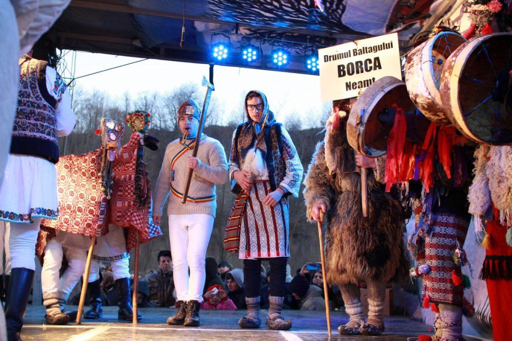 festivalul-de-datini-obiceiuri-si-traditii-de-iarna-borlesti-2016-233