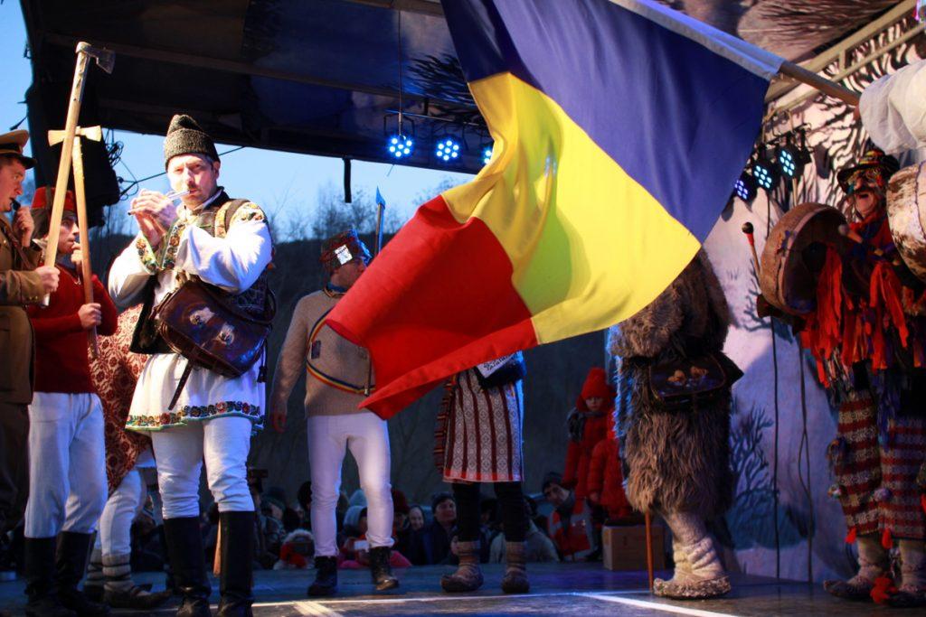 festivalul-de-datini-obiceiuri-si-traditii-de-iarna-borlesti-2016-236