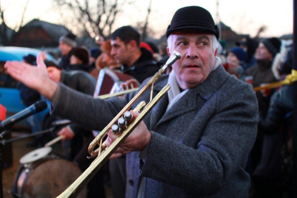 festivalul-de-datini-obiceiuri-si-traditii-de-iarna-borlesti-2016-239