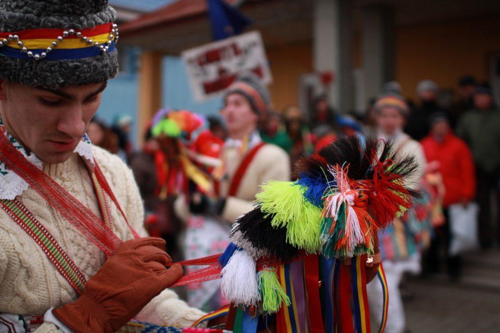 festivalul-de-datini-obiceiuri-si-traditii-de-iarna-borlesti-2016-25