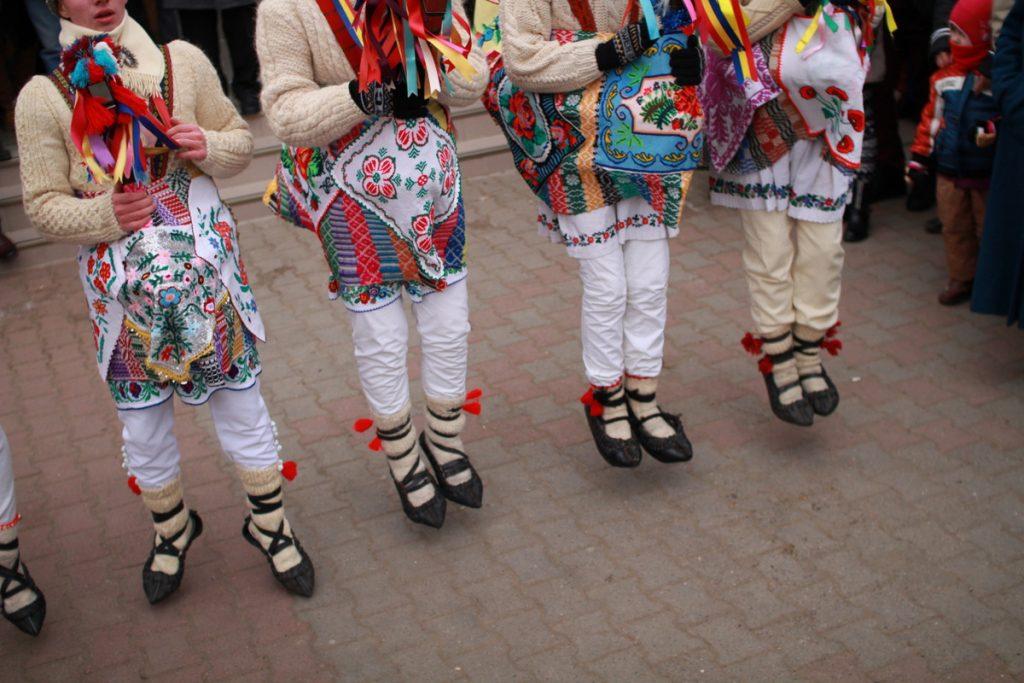 festivalul-de-datini-obiceiuri-si-traditii-de-iarna-borlesti-2016-39