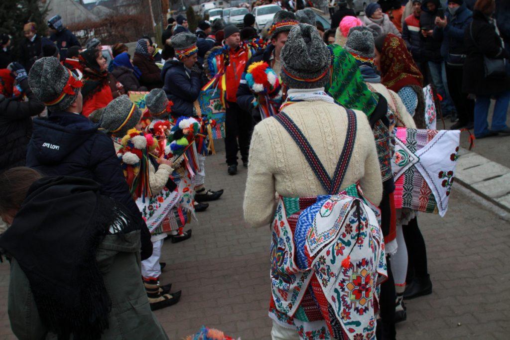 festivalul-de-datini-obiceiuri-si-traditii-de-iarna-borlesti-2016-4