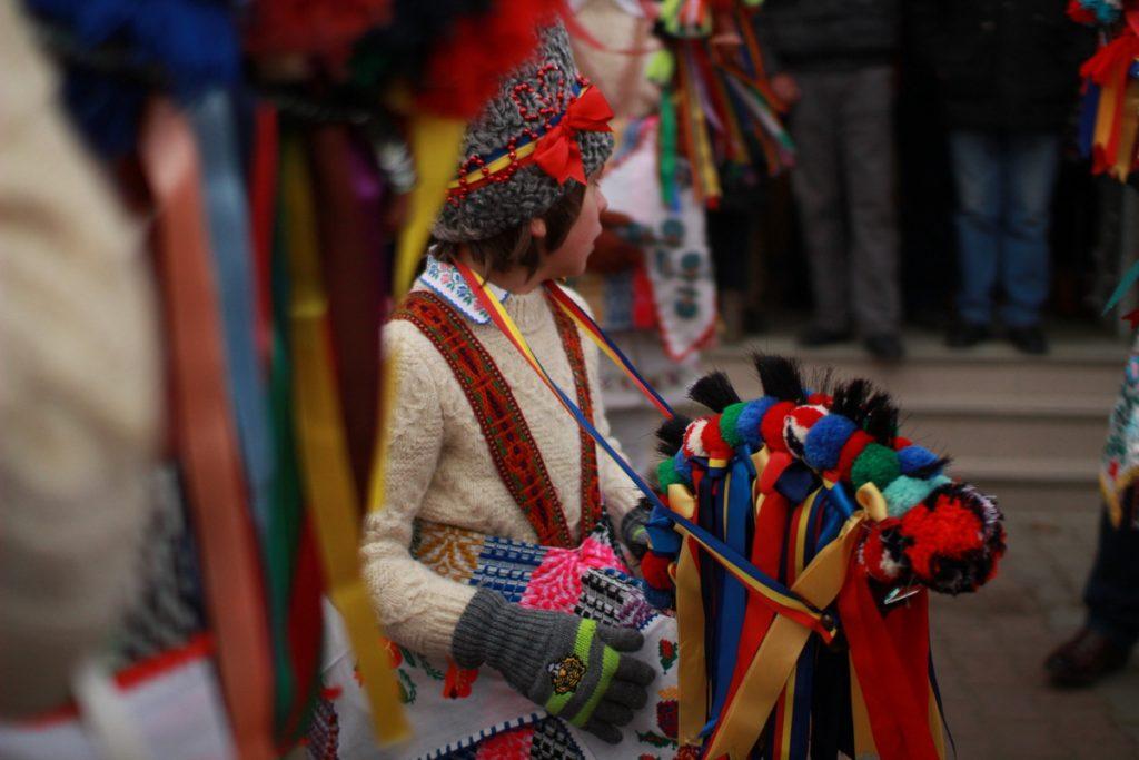 festivalul-de-datini-obiceiuri-si-traditii-de-iarna-borlesti-2016-45