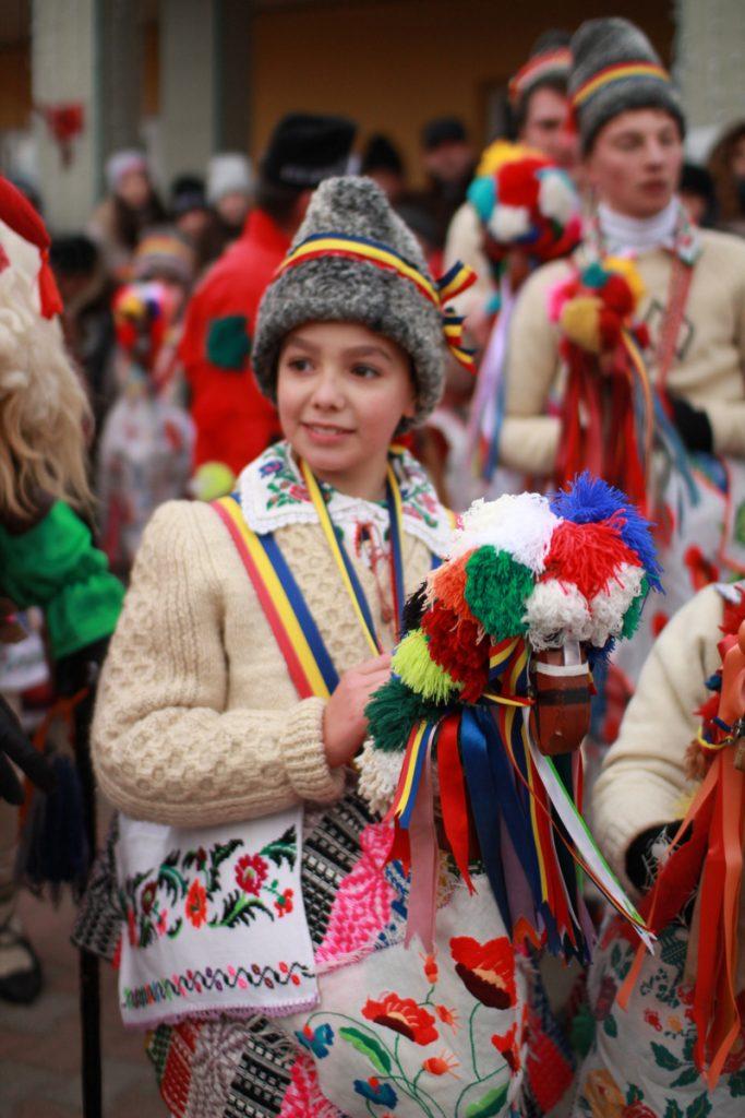 festivalul-de-datini-obiceiuri-si-traditii-de-iarna-borlesti-2016-46