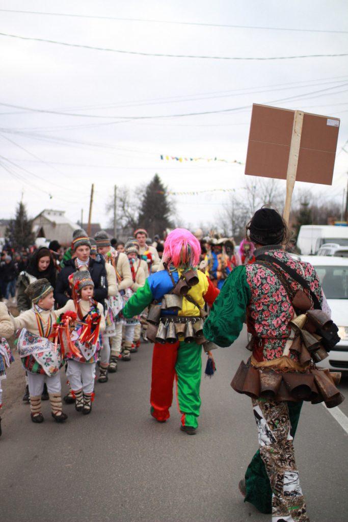 festivalul-de-datini-obiceiuri-si-traditii-de-iarna-borlesti-2016-47