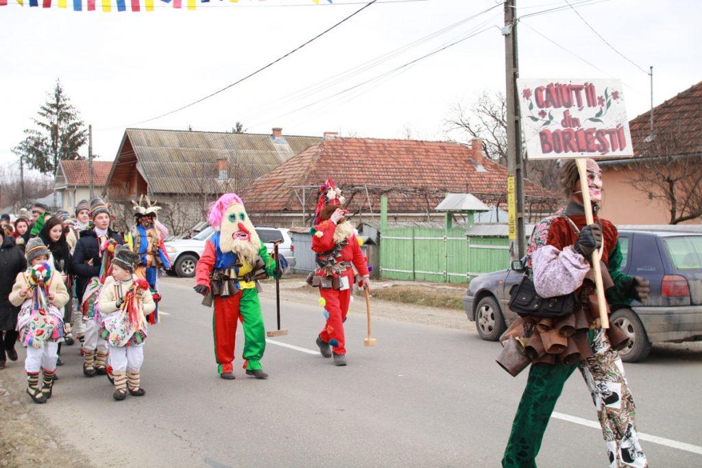 festivalul-de-datini-obiceiuri-si-traditii-de-iarna-borlesti-2016-51