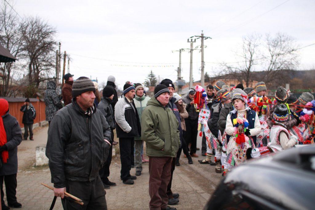 festivalul-de-datini-obiceiuri-si-traditii-de-iarna-borlesti-2016-63