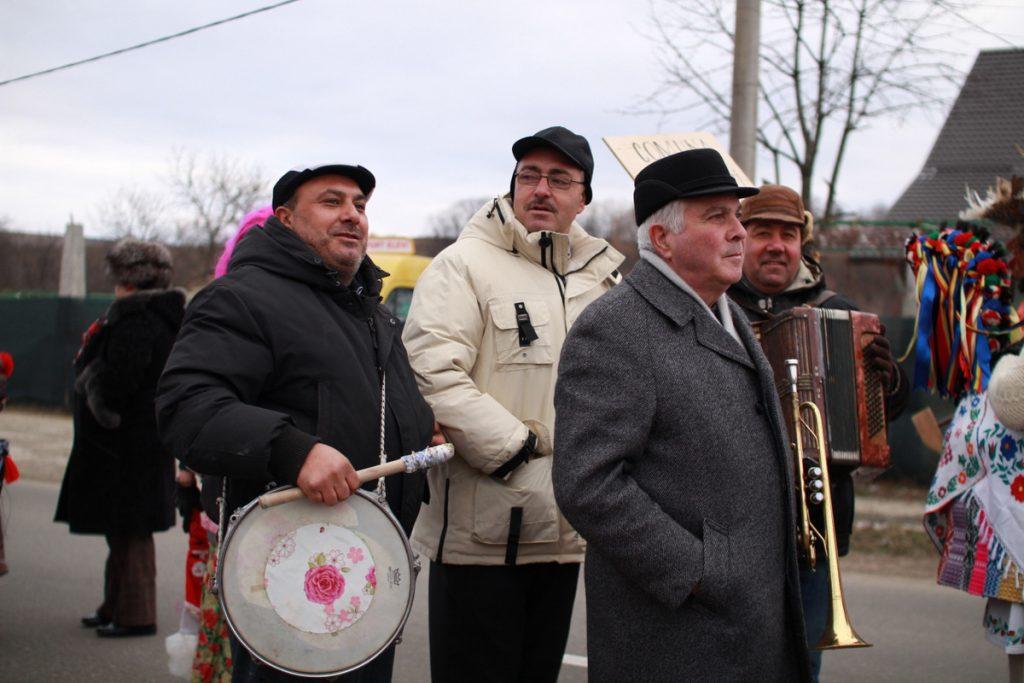 festivalul-de-datini-obiceiuri-si-traditii-de-iarna-borlesti-2016-66