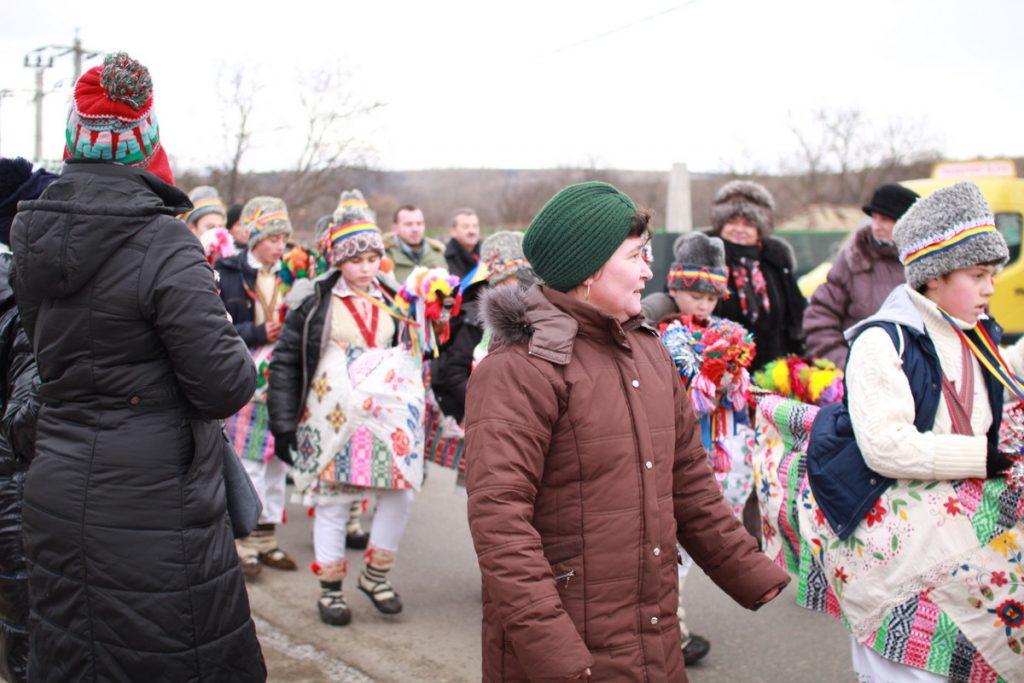 festivalul-de-datini-obiceiuri-si-traditii-de-iarna-borlesti-2016-69