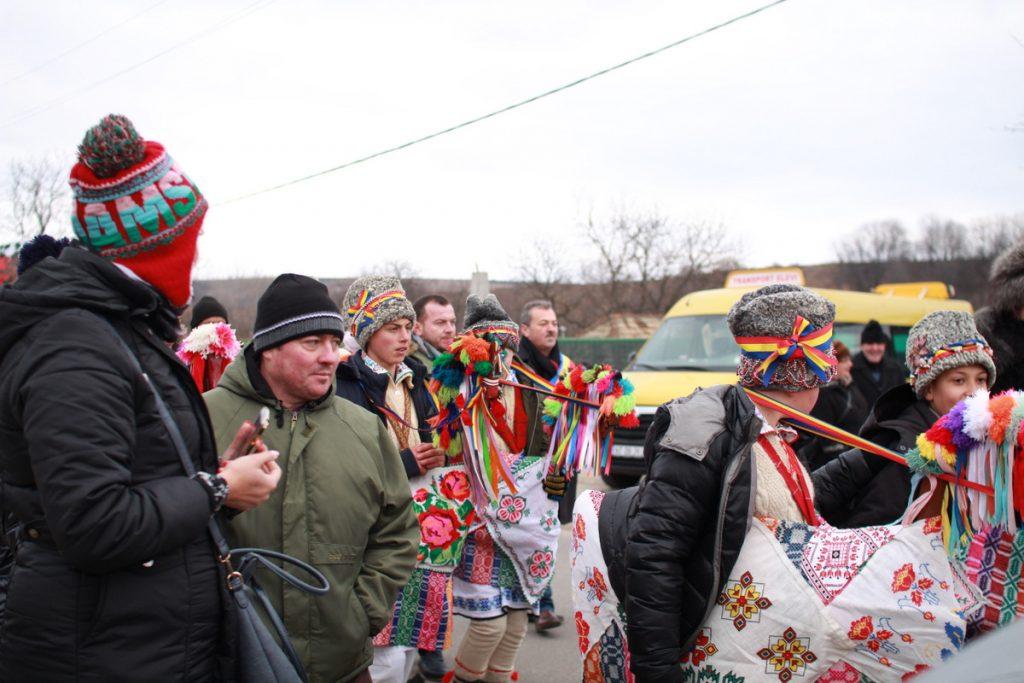 festivalul-de-datini-obiceiuri-si-traditii-de-iarna-borlesti-2016-70