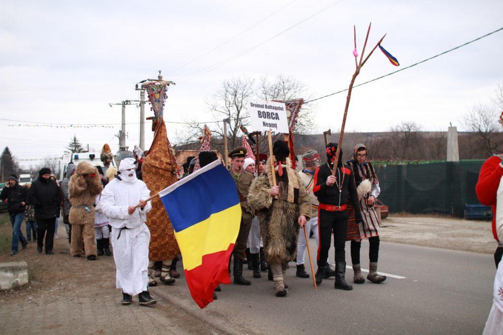 festivalul-de-datini-obiceiuri-si-traditii-de-iarna-borlesti-2016-78