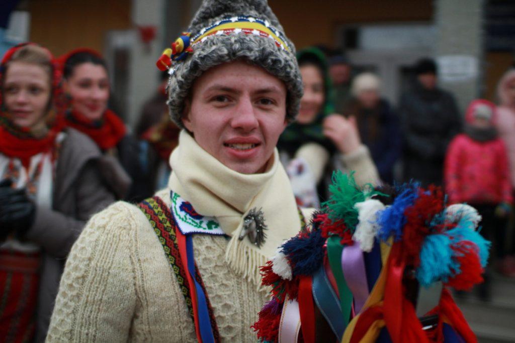 festivalul-de-datini-obiceiuri-si-traditii-de-iarna-borlesti-2016-8