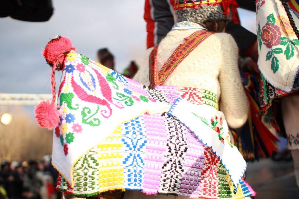 festivalul-de-datini-obiceiuri-si-traditii-de-iarna-borlesti-2016-96