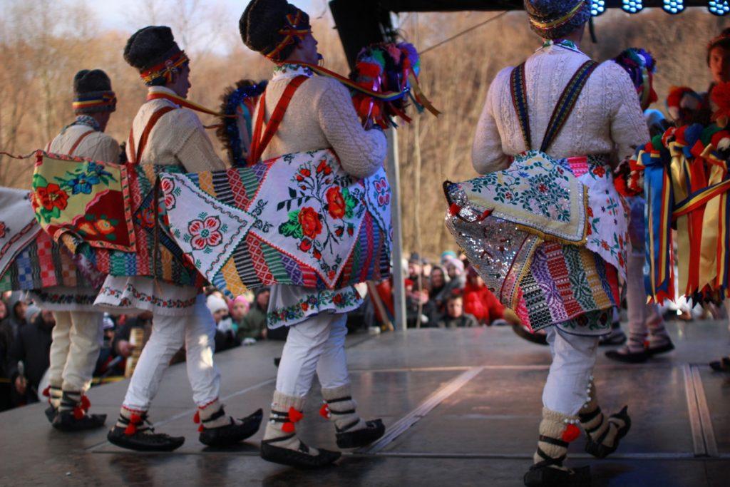 festivalul-de-datini-obiceiuri-si-traditii-de-iarna-borlesti-2016-99